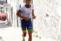 Andrej Vištica slavio na super teškom sprint triatlonu u Imotskom